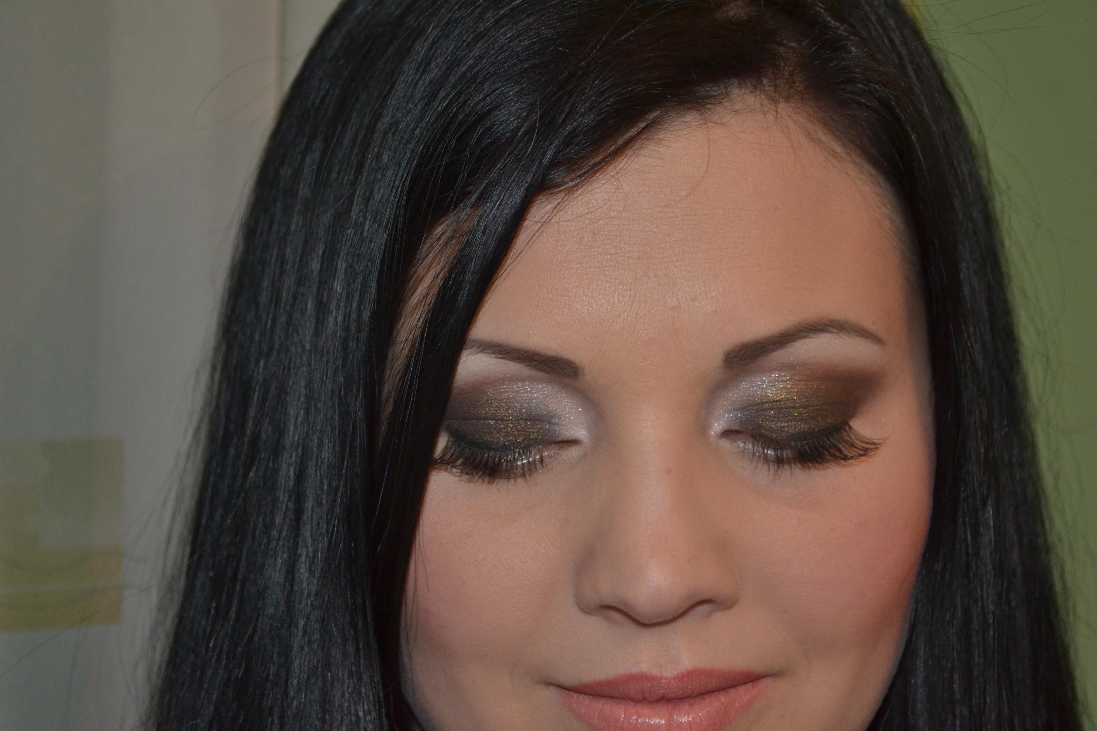 Ochii Fumurii Aida Maria Make Up